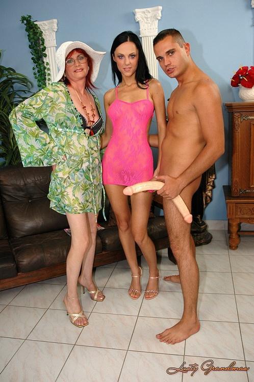 LustyGrandmas/21Sextreme/21Sextury: Chrissy, Maxine - Awesome threesome (SD) - 2021