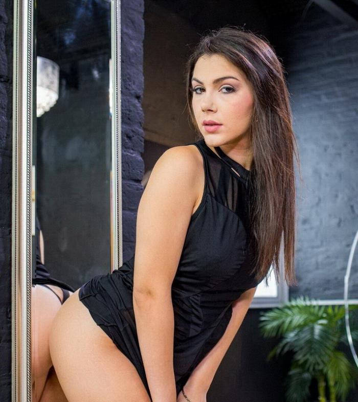 Valentina Nappi - Shy girl in rough sex with a black guy (2021 HerLimit.com LetsDoeIt.com) [HD   720p  834.21 Mb]