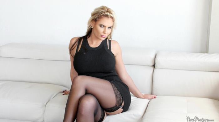 PureMature.com: Lucious Tits Starring: Phoenix Marie