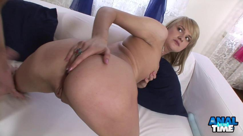 AllAnalAllTheTime.com / VickyatHome.com: Blonde Gaping Anal Freak (Marry A), Anal [FullHD 1080p]