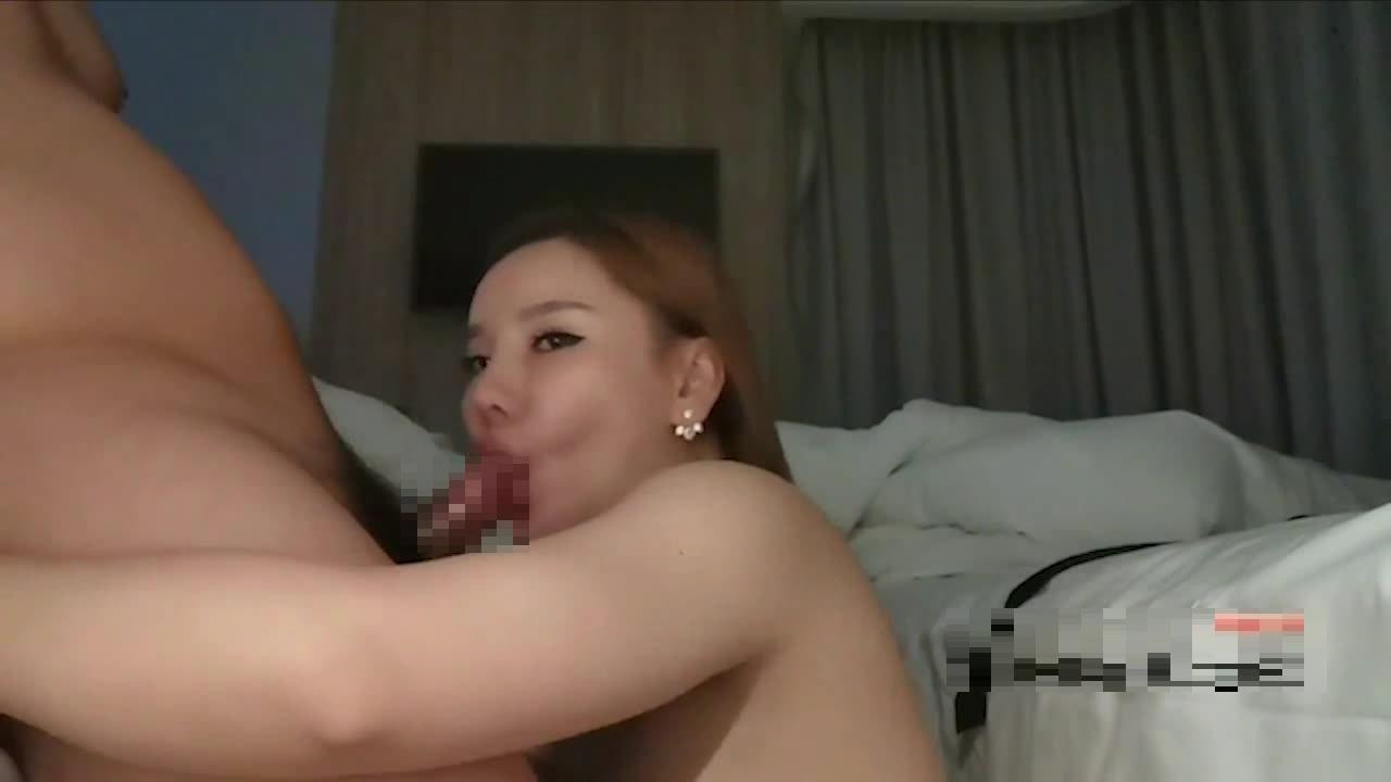 【9部國產】南航空姐小晴懷孕了都不忘做愛