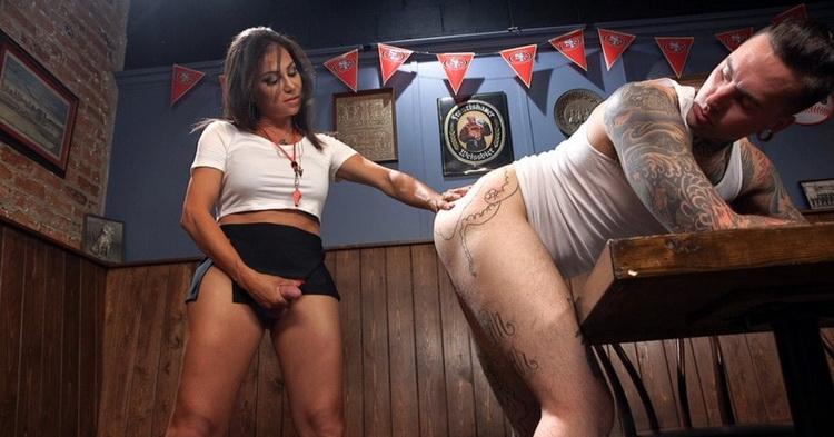 TSSeduction/Kink: Jaquelin Braxton - Jaqueline Braxton fucks, then gets fucking shooting a huge fat load! [HD 720p] (Transsexuals)