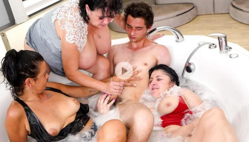 Klara Wells, Miranda Steel, Laura P - Wet and horny Groupsex (2021/GrandMams.com/passionxxx.com) [FullHD/1080p/ 2.47 Gb]